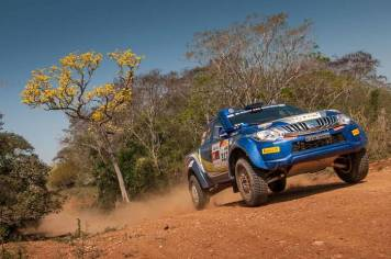 Dupla do carro #317 garantiu a quarta posição entre os Pró-Brasil (Gustavo Epifanio/Fotop)