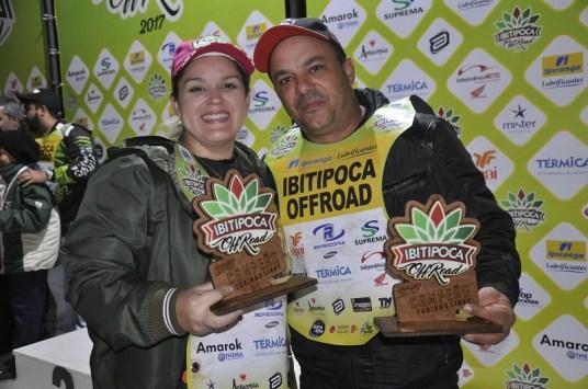 Kleber e Fernanda - Campeões Turismo Ligth Carros. Foto: Savastano