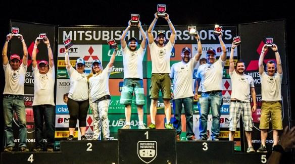 No final da etapa, os melhores de cada categoria sobem ao pódio. Foto: Adriano Carrapato / Mitsubishi