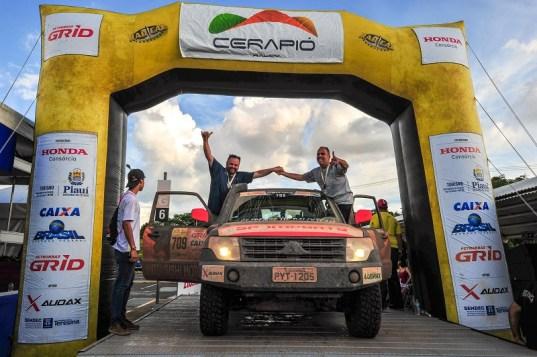 Renato Martins e Enedir Jr conquistaram a terceira posição da categoria Máster (Doni Castilho/DFOTOS)