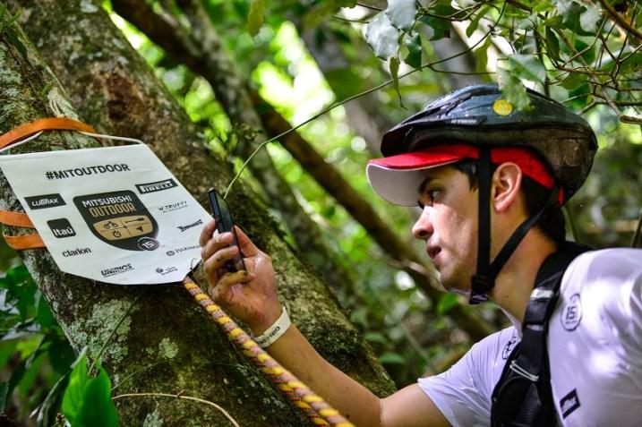 """Uma das novidades da temporada é o """"celular passaporte"""". Foto: David Santos Jr / Mitsubishi"""