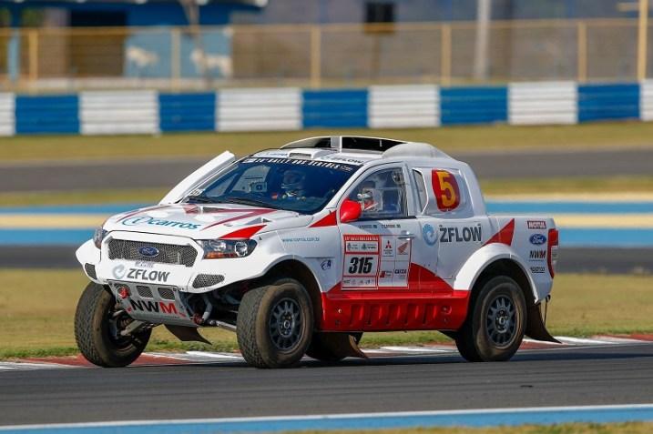 Sylvio de Barros e Rafael Capoani fizeram o melhor tempo nos carros (Marcelo Machado de Melo/Fotop/Vipcomm)