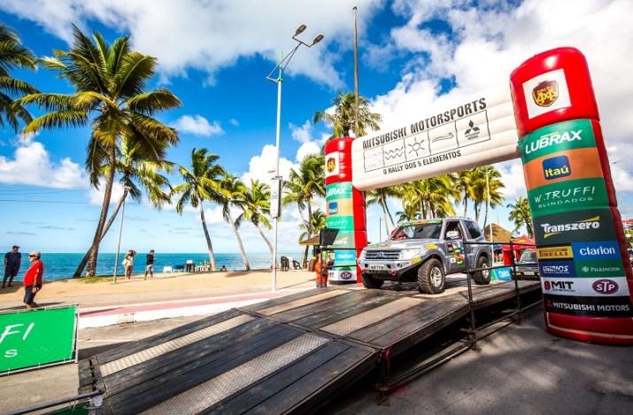 Etapa de Salvador terá trechos de areia (Foto: Ricardo Leizer/Mitsubishi)