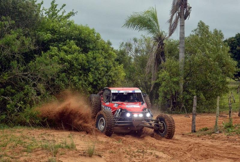 Em outubro foram Campeões na geral do Desafio Ñeembucú, no Paraguai. Foto: JJ Lopez/Puromotorpy