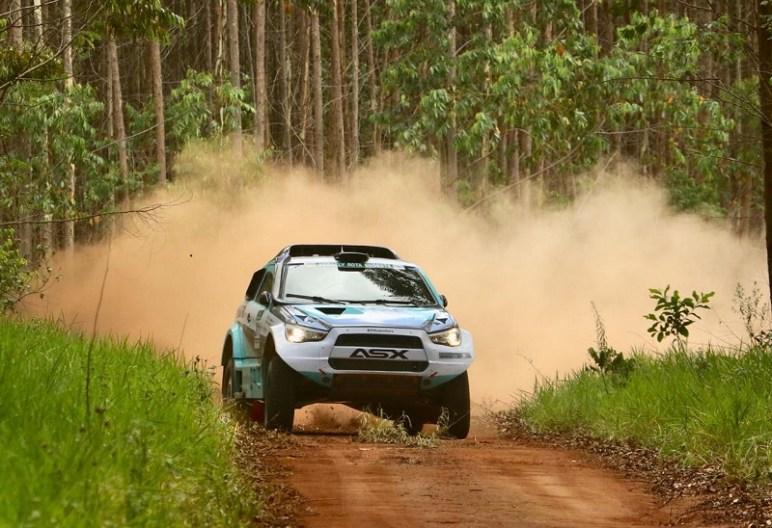 Mais rápidos na geral na prova deste domingo (Sanderson Pereira/PhotoEsporte)