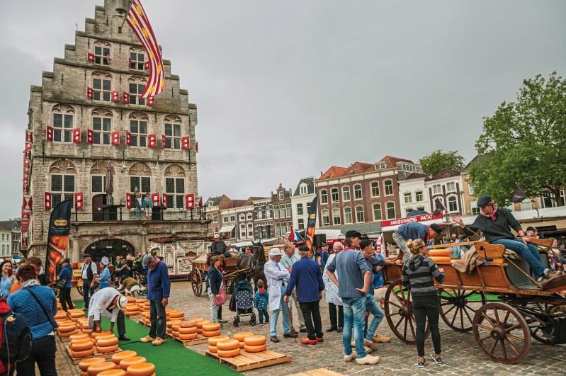 Gouda cheese market