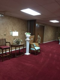 What Color Furniture Goes With Burgundy Carpet