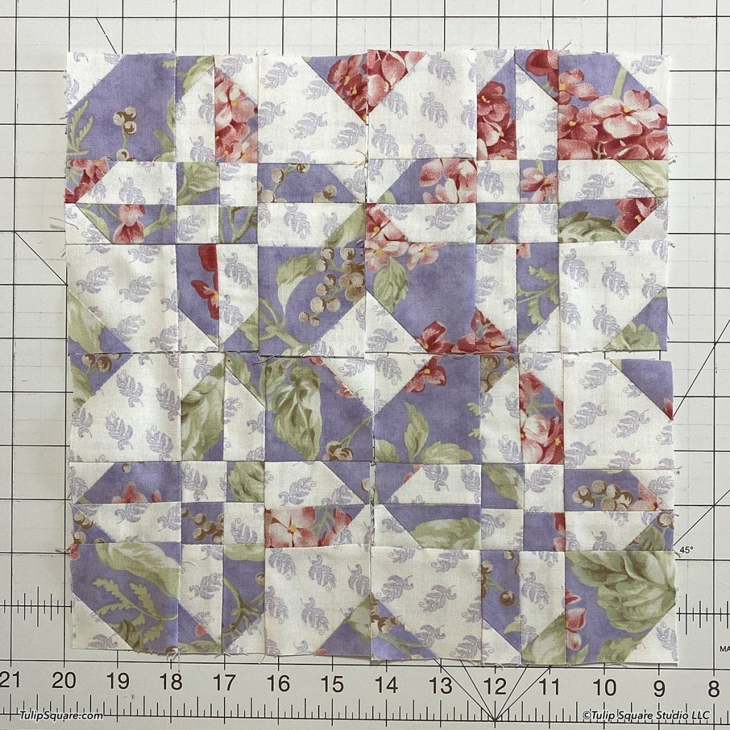 How to make disappearing half square triangles quilt blocks