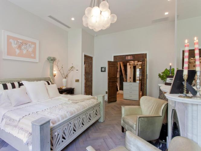 Boutique Hotel Inspired Guest Bedroom Contemporary Home Design Ideas