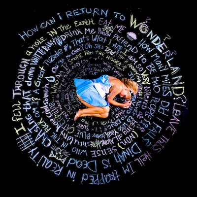 alice-down-the-rabbithole