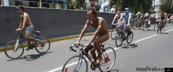 Hundreds Of Nude Cyclists Ride Through The Peruvian Capital