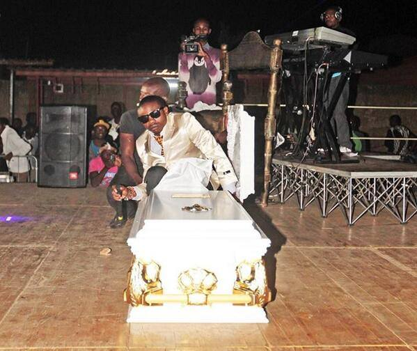 Ruff Kaida Arrives On Stage In A Coffin at His Album