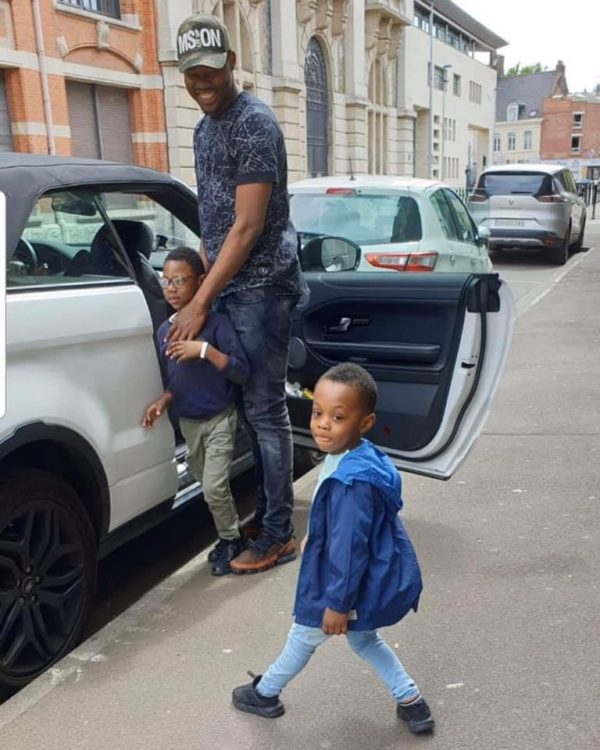 Photo: Stopilla Sunzu Pictured With Kids While On Lock Down