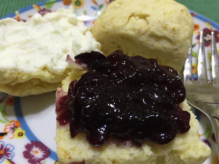 cream scones 1 (1)