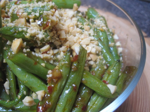 Green Beans with Ginger, Garlic, Chili, and Peanuts