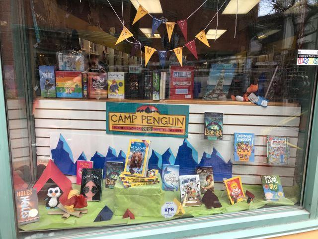 Camp Penguin-Book City