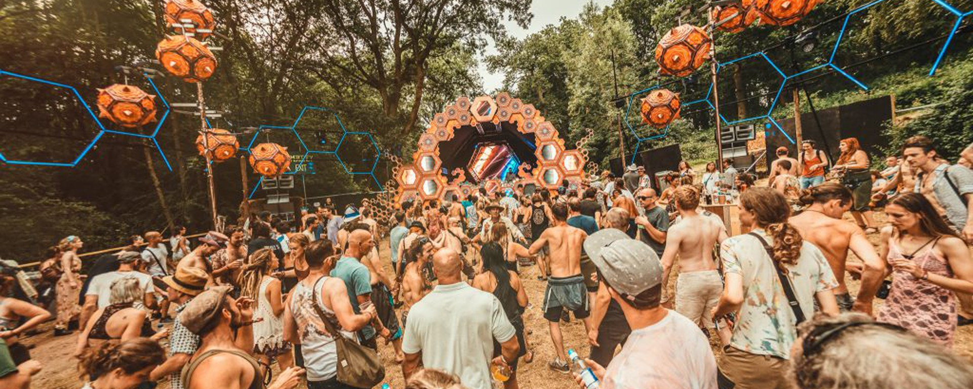 NOISILY_festival_tunes&wings_2018-103-1024x684