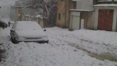 Photo of بسبب تراكم الثلوج: تعطل سير الحركة بين الروحية ومكثر من ولاية سليانة