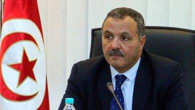 Photo of توقيا من فيروس كورونا : وزير الصحة يؤجل زواج ابنه