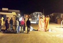 Photo of الليلة في المكناسي: عمّال المنجم يغلقون الطريق..يحتجزون شاحنات ويشعلون عجلات!