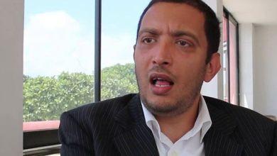 Photo of ياسين العياري: محمد عبو حاول إيجاد مخرج لرئيس الحكومة بخصوص شبهة تضارب المصالح