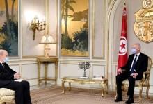 Photo of رئيس الجمهورية خلال استقباله لوزير الخارجية الفرنسي: ' تونس بدورها تعاني من مظاهر التطرف'