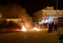 Photo of القيروان: مجهولون يحرقون العجلات المطاطية بعدد من شوارع المدينة