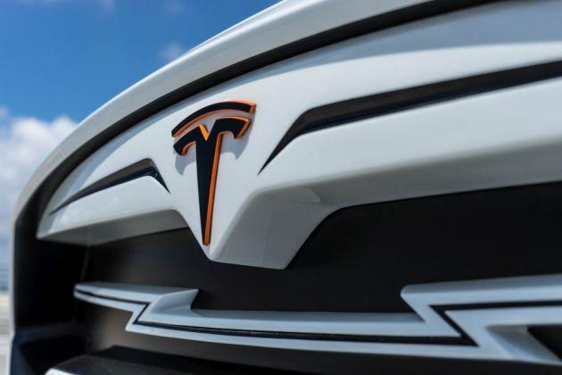 LARTE Tesla White1
