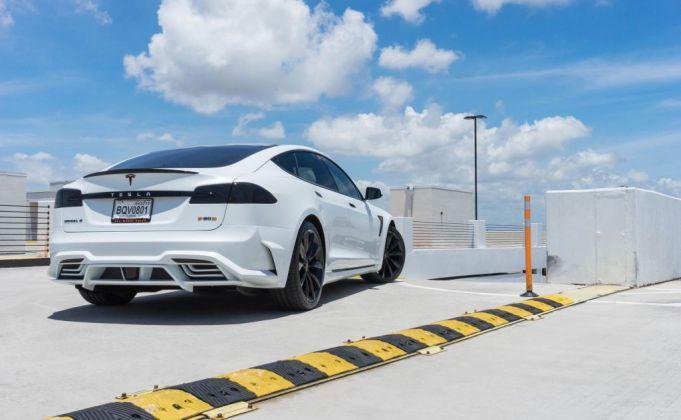 LARTE Tesla White3
