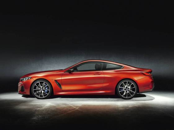 BMW 8 coupe 024