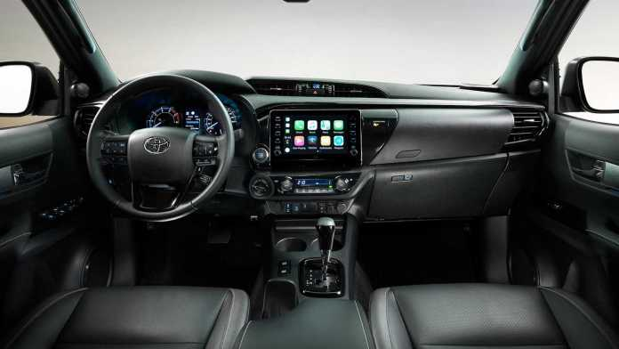 2021 toyota hilux left hand drive