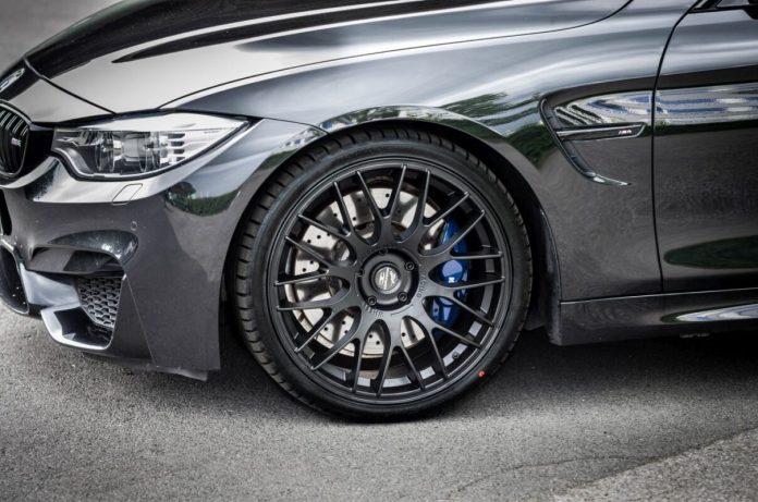 BMWM4 Cabrio F87 2