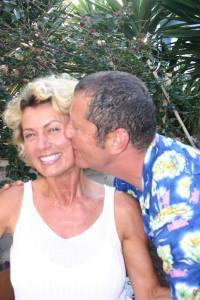 Milan Kissing Nesit
