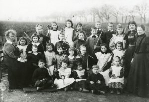 Tunstead School Class from 1898