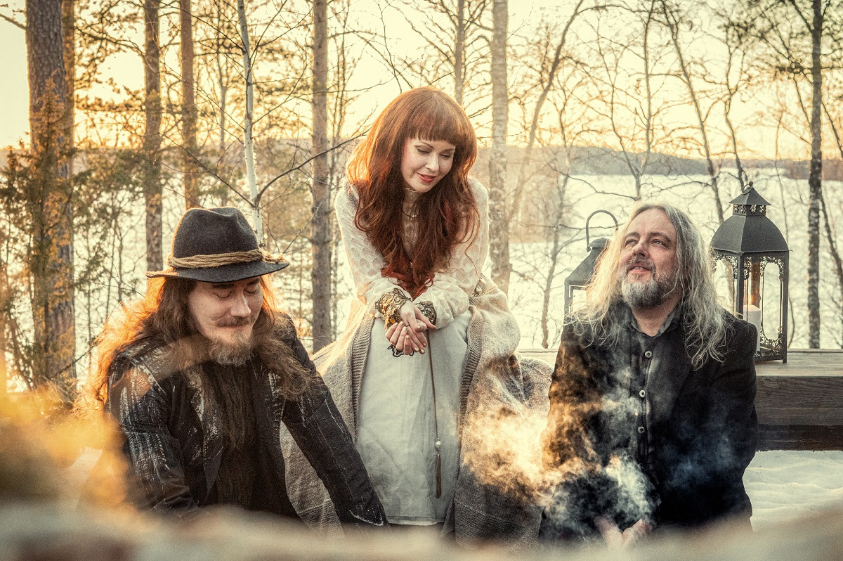 """Auri release new single & video """"The Valley."""""""