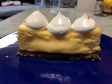lime-cheesecake-with-meringue_frugii-dessert-laboratory_03