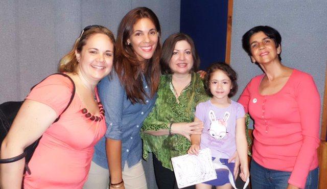 Silvana, Ma. Alexandra, Andrea y la pequeña Zoe con Marisela, foto Geral Rubio