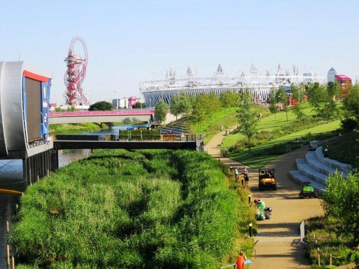 Alrededores del Parque Olímpico. Panatalla gigante. Foto Amada Dorta