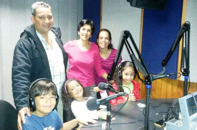 Fernando Camacho, el querido operador, junto a Daniel, Dana, Valeria, Immaculada y Marisela