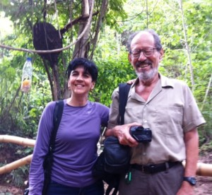 Luis Eduardo Levín y Marisela Valero en la grabación al aire libre de Planeta Vital. Foto Nidia Hernández