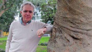 """Reducir a cero la deforestación ya no basta para salvar la Amazonía: es necesario un """"esfuerzo de guerra"""" que implique el fin de la tala de árboles y también replantar selva para recuperar grandes áreas devastadas. Antonio Nobres. Foto El País"""
