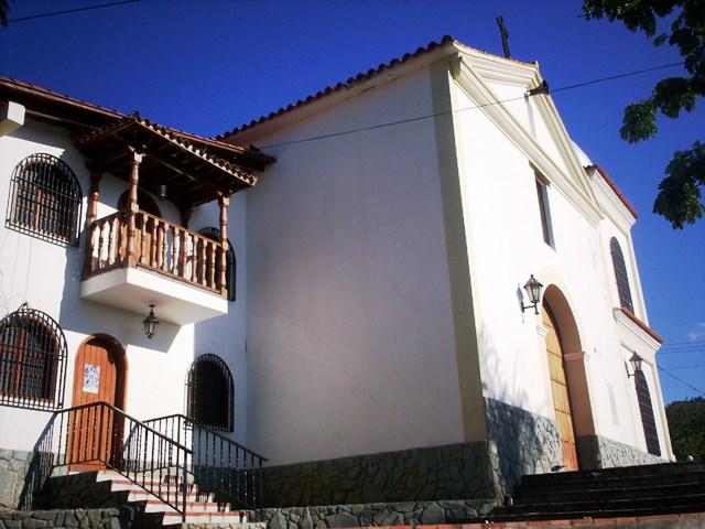 Iglesia de Paracotos