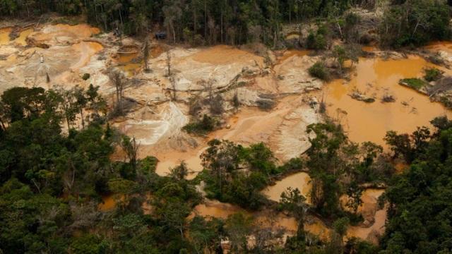 Minería ilegal en la zona de Canaima, Venezuela. Un crimen ambiental.