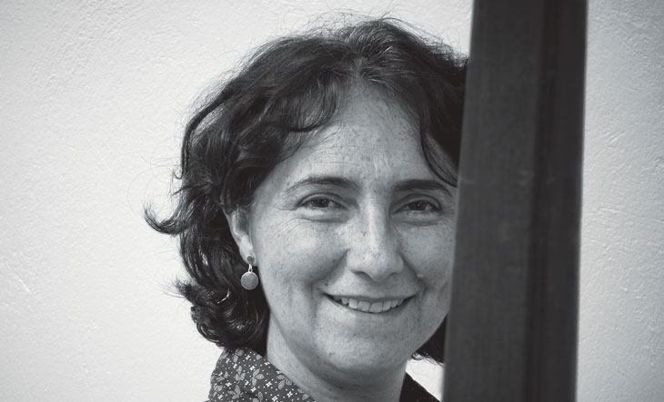 Nidia Hernandez, cortesia de Complot magazine