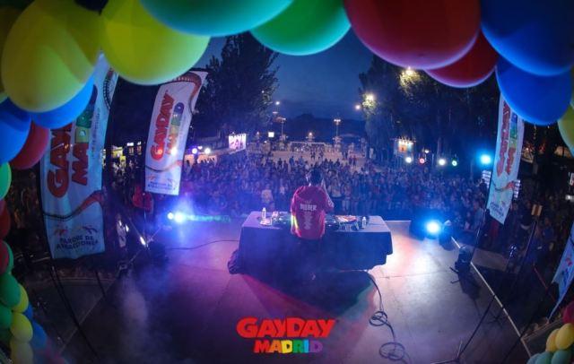 escenario_gayday.jpg
