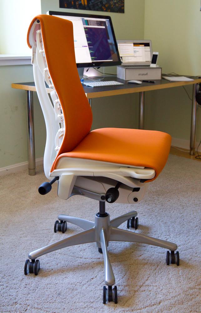 aeron desk chair x rocker pro series pedestal wireless game ask dn: favorite chair? – designer news
