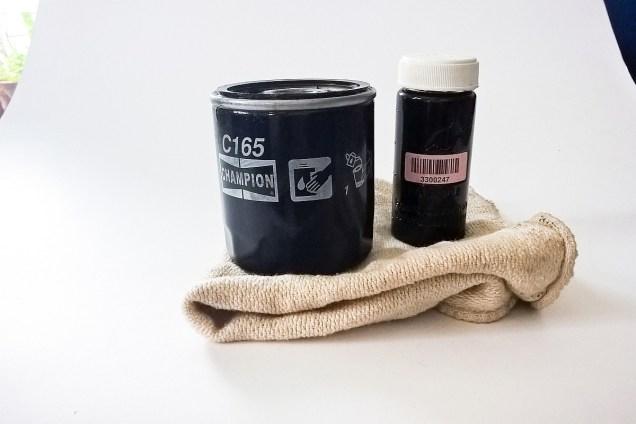 Ölprobe genommen, Filter aufbewahrt.