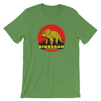 Retro Triceratops T-Shirt Vintage Dinosaur Design | Classic Tee (green)