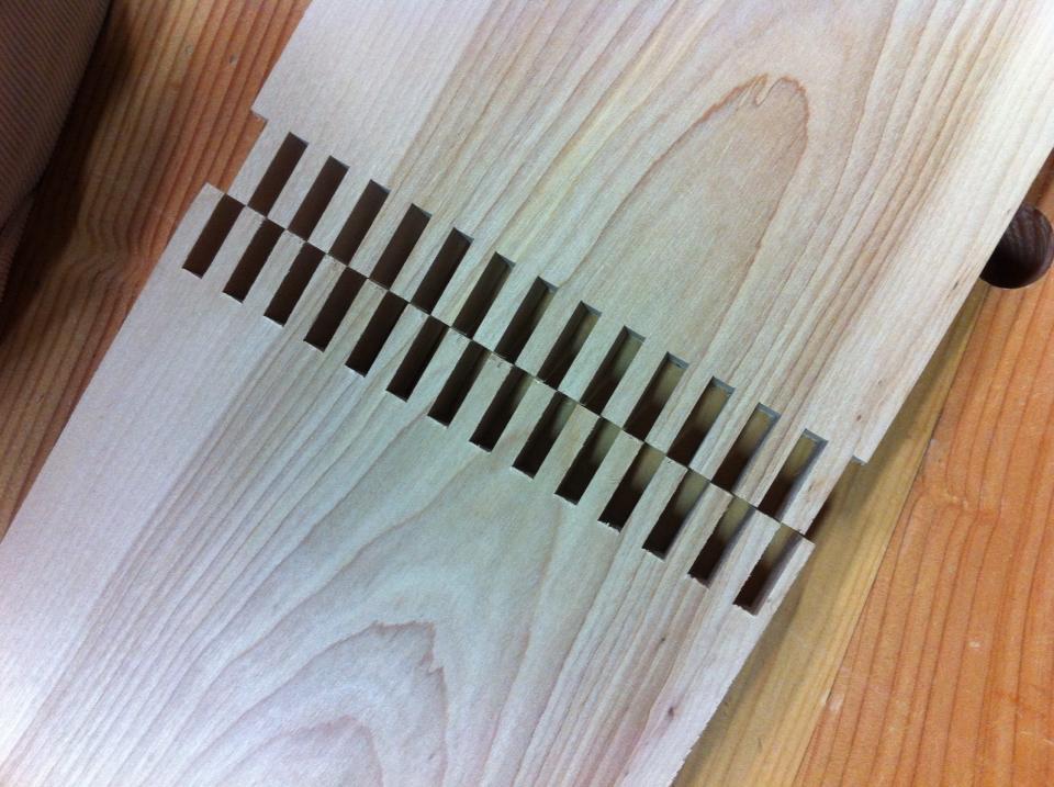 03-leaning-shelf-ryan-turek