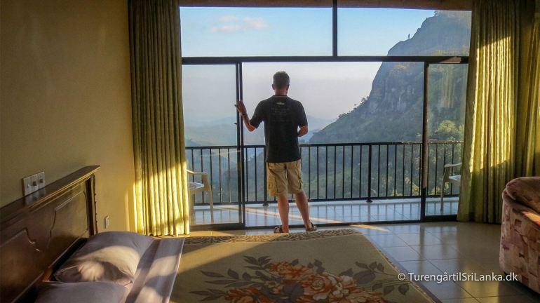 Hoteller i Ella - Ella er en af de byer i Sri Lanka, der har den smukkeste beliggenhed. Her er det udsigten fra værelset på Mountain Heavens Hotel